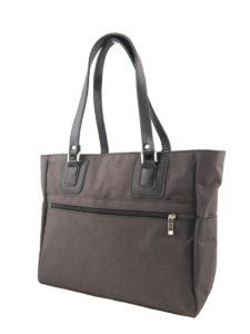 Большая коричневая сумка.